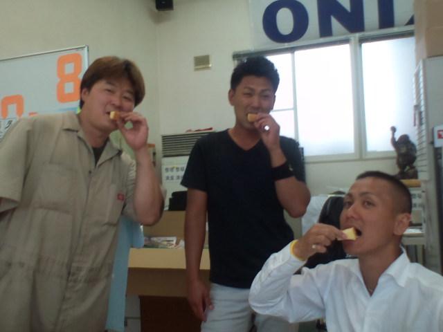 店長のニコニコブログ!食いしん坊ボブ☆_b0127002_2275433.jpg