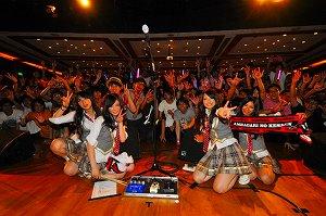 SCANDAL、アジア最大級のフェス出演&香港ワンマンライブ大成功!_e0025035_157242.jpg