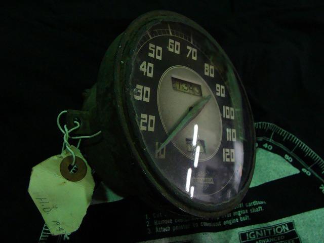 47 Speedometer 入荷しましたよ_c0152253_2143279.jpg