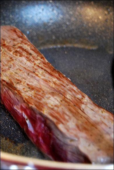 宮殿焼肉のたれ おろしでさっぱり簡単ローストビーフ(recipe)_a0105872_103164.jpg