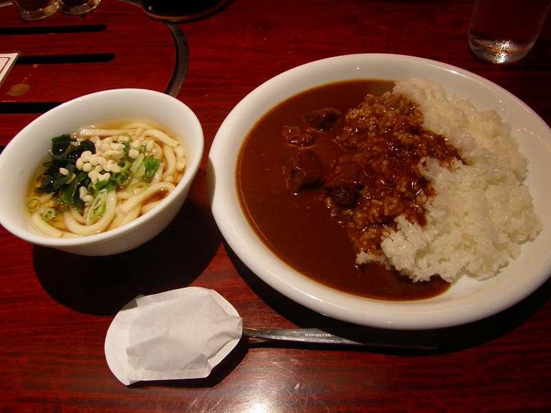 鶴橋ホルモンまるの牛スジカレー     江坂_c0118393_194108.jpg