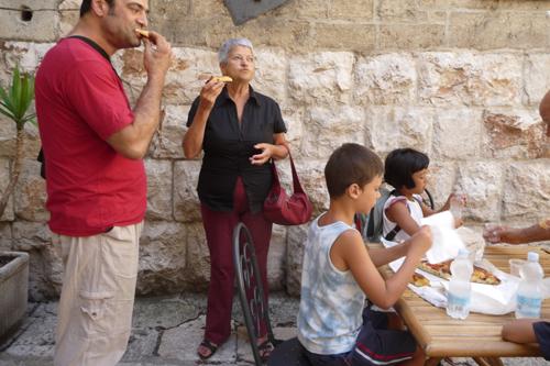 美味しいパンの村アルタムーラ_f0106597_1111499.jpg