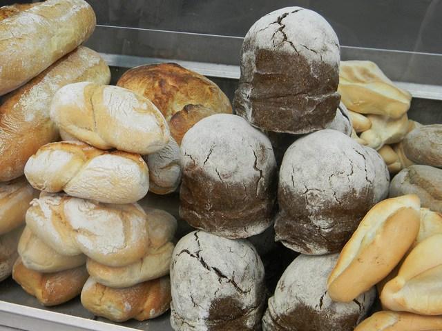 ポルトガルのパン色々_c0213220_4293226.jpg