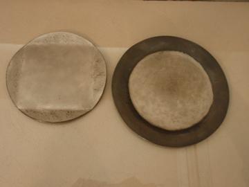 南沢奈津子さんから届いた真鍮のお皿や茶托_b0132442_17581940.jpg