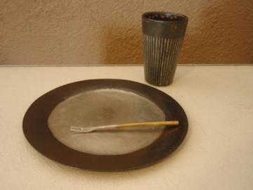 南沢奈津子さんから届いた真鍮のお皿や茶托_b0132442_17585437.jpg