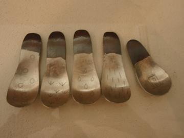 南沢奈津子さんから届いた真鍮のお皿や茶托_b0132442_1814109.jpg