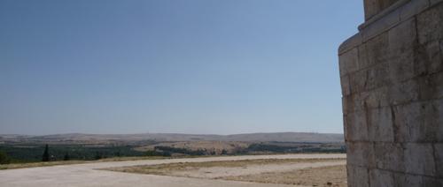 美しい丘の上の古城~カステッロ・デル・モンテ_f0106597_1724146.jpg