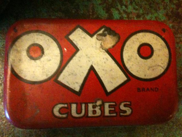 古い缶、ビンはいってます!_f0226051_18243237.jpg