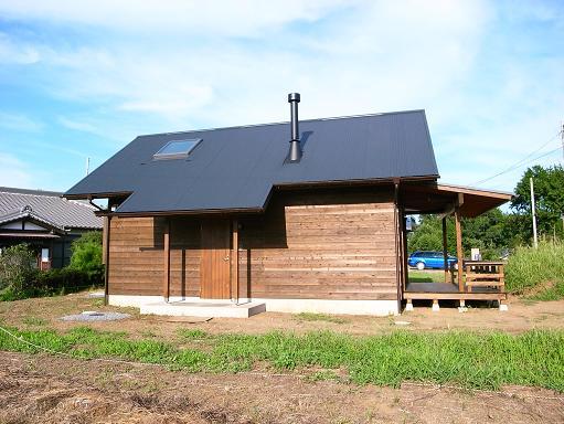 OTさんの家 完成(1) 2010/8/7_a0039934_1838519.jpg