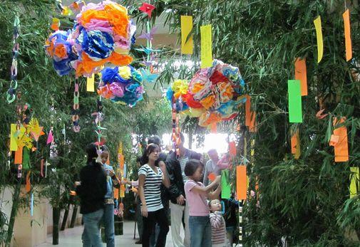 Tanabata Festival in Baguio  バギオが仙台?になった_a0109542_23214127.jpg