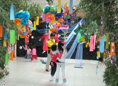 Tanabata Festival in Baguio  バギオが仙台?になった_a0109542_23364051.jpg