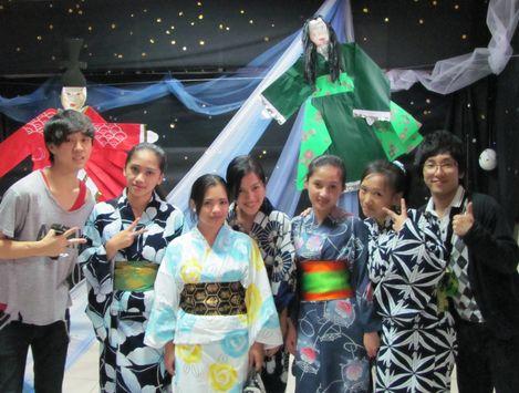 Tanabata Festival in Baguio  バギオが仙台?になった_a0109542_2340986.jpg