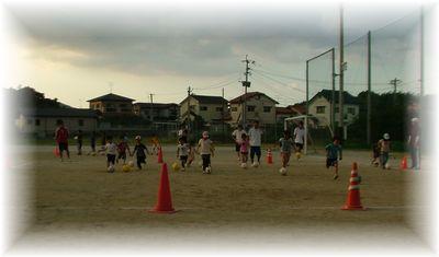 第4回 親子で楽しむサッカー教室_c0218303_1595713.jpg