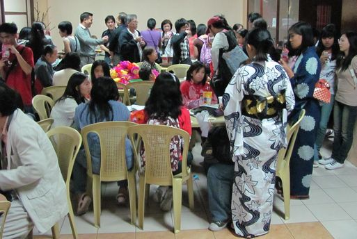Tanabata Festival in Baguio  バギオが仙台?になった_a0109542_071183.jpg