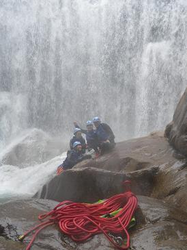 キャニオニング水上 西黒沢で夏バテを、、、_a0150951_2053838.jpg