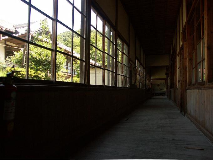 旧黒川小学校校舎_f0116479_11154364.jpg