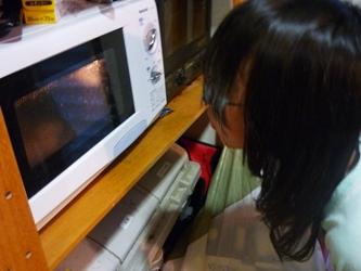 レンジでチン!で変わりチーズ煎餅づくり。_e0188087_21354697.jpg