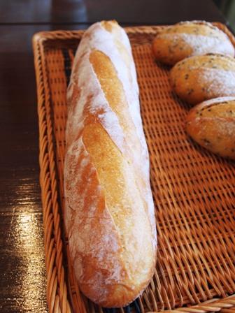 フランスパン100本修業 83本目・・・のっぺり_e0167593_0284.jpg