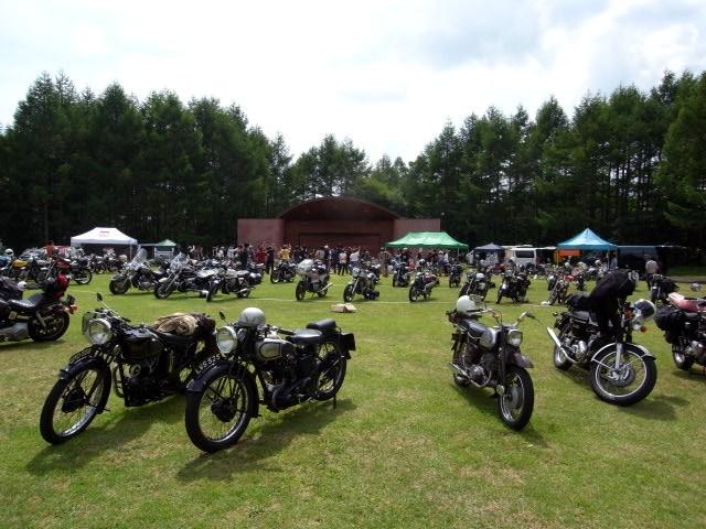 THE MOTORCYCLE CLASSICS SUMMER MEETING 2010_b0132101_1731471.jpg