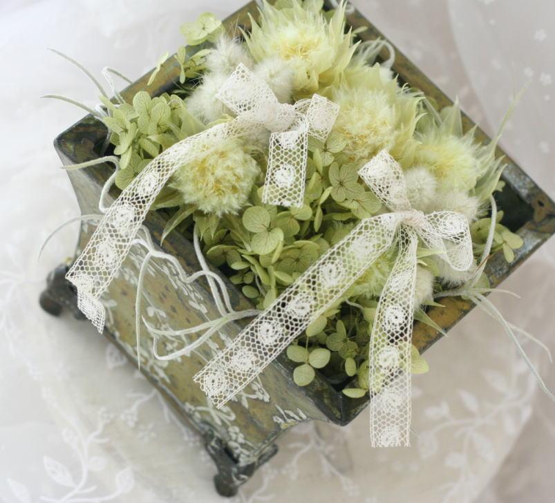 アクセサリまたはウェディング小物のご注文について 緑のリングピロー_a0042928_131031.jpg