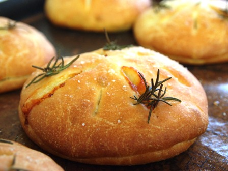 ってなわけで、ニャンコのパン教室に行ってきました。_e0167593_23184323.jpg