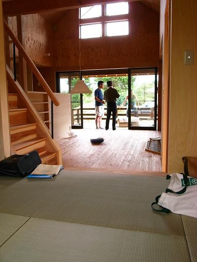 OTさんの家 完成(2) 2010/8/10_a0039934_1814304.jpg