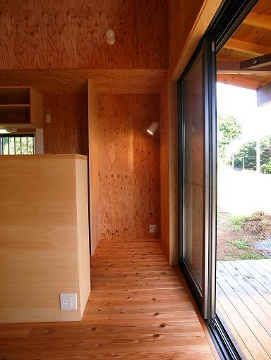 OTさんの家 完成(2) 2010/8/10_a0039934_18522520.jpg