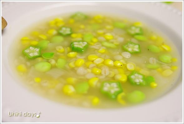 押麦入りのコーンスープ_f0179404_2262672.jpg