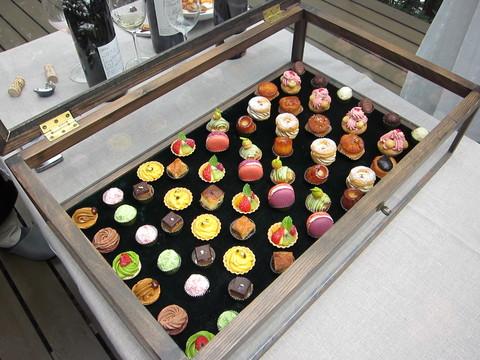 お菓子の宝石箱_d0128354_21544962.jpg