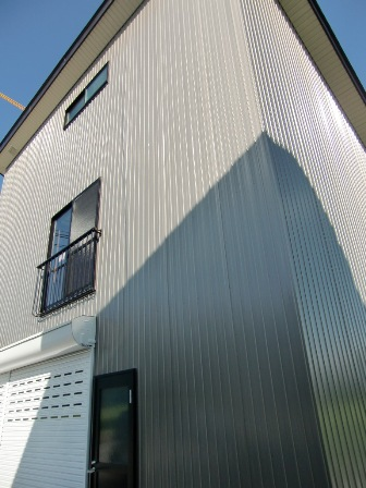南魚沼市で車庫完成_a0128408_18163992.jpg