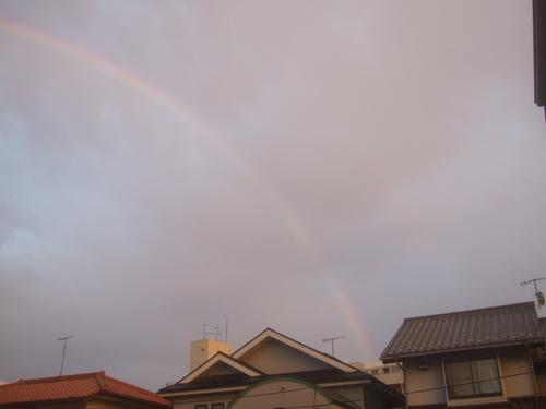 虹を見るのは何時以来......_b0137932_1937656.jpg