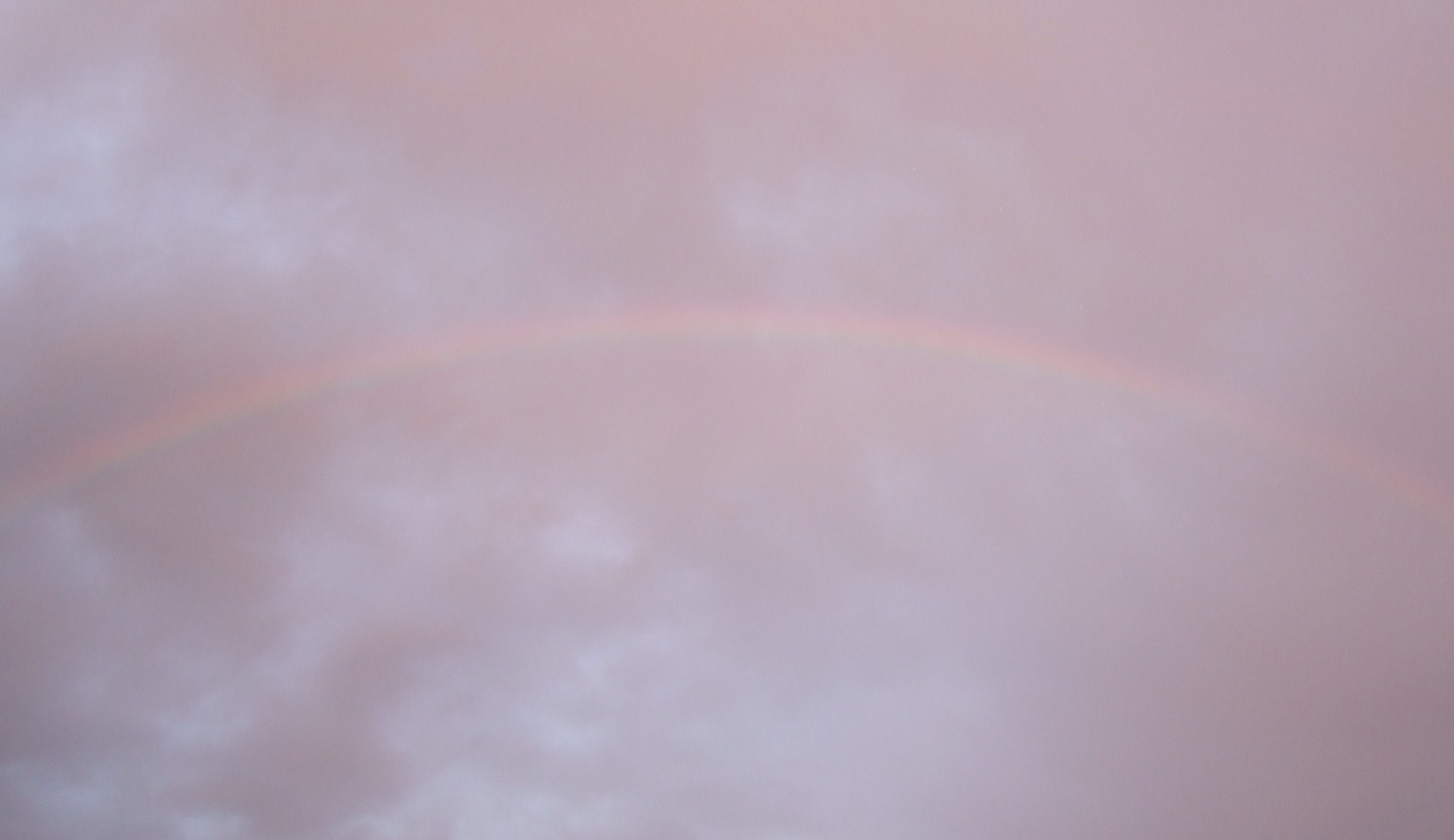 虹を見るのは何時以来......_b0137932_1952128.jpg