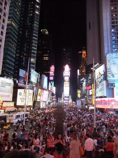 タイムズスクエアの夜_c0064534_13104666.jpg