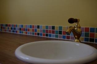おトイレの手洗い_c0130172_1222639.jpg