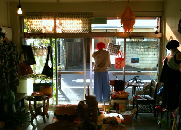 ベトナムカフェ in ShivaCafe_a0144902_2345014.jpg