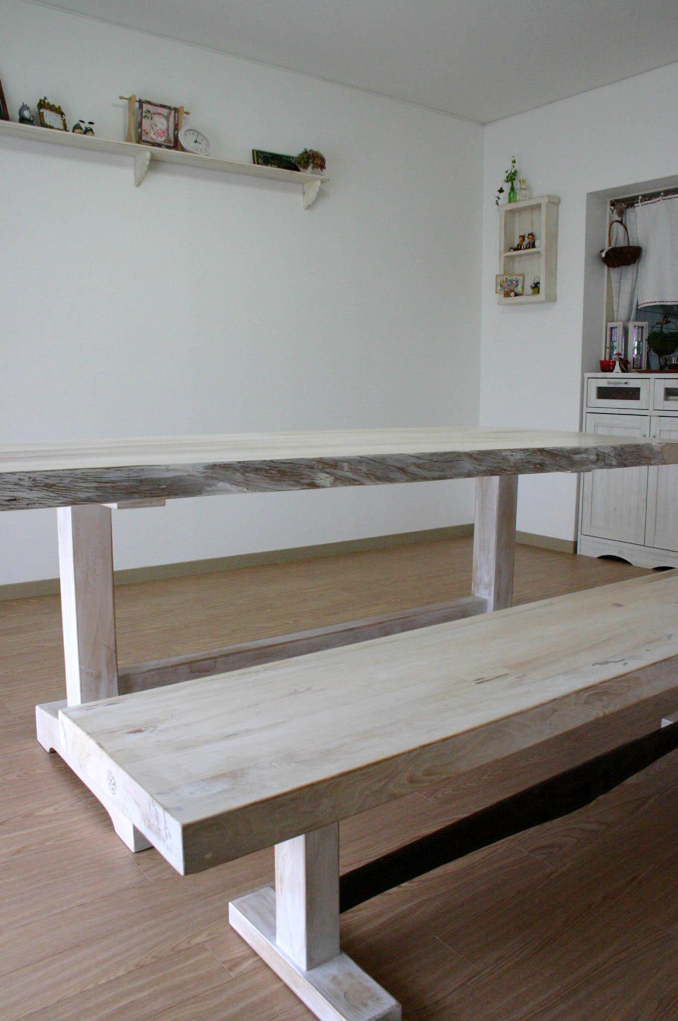 まきの木テーブル_f0171785_16513461.jpg