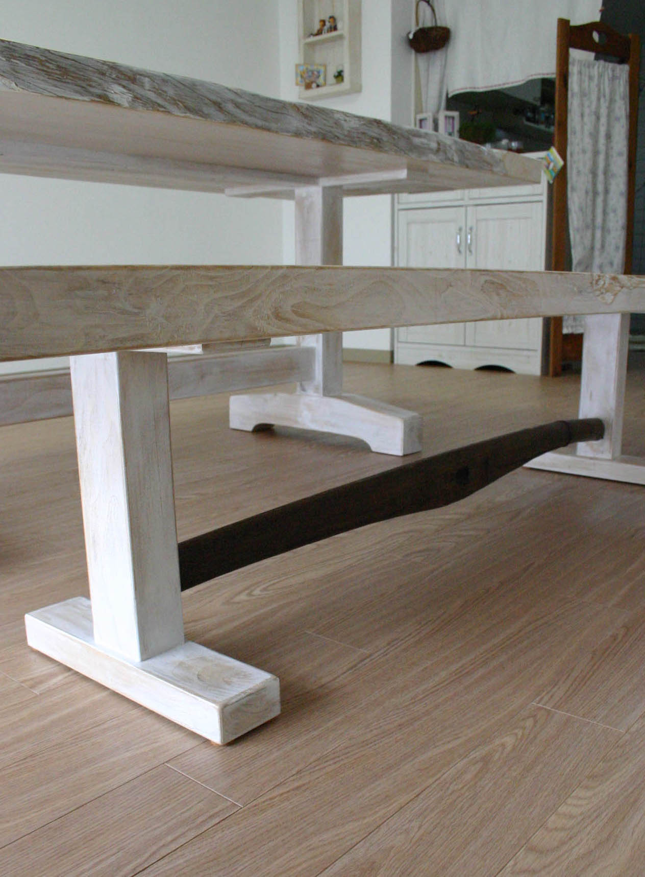 まきの木テーブル_f0171785_1658246.jpg
