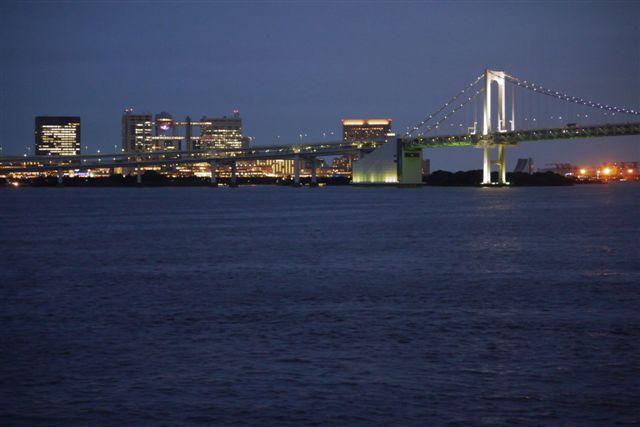 竹芝桟橋から見るレインボーブリッジ_b0175688_1223446.jpg