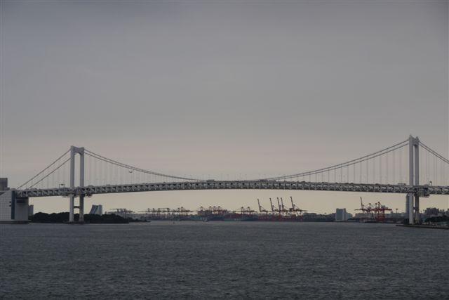 竹芝桟橋から見るレインボーブリッジ_b0175688_1264295.jpg