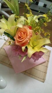 お花活けましたぁ_e0114246_185637.jpg