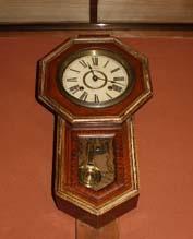 宮沢賢治(1896明治29年-1933昭和8年)が触ったであろう、花巻駅の時計(精工舎大正時代)_d0178448_11495691.jpg