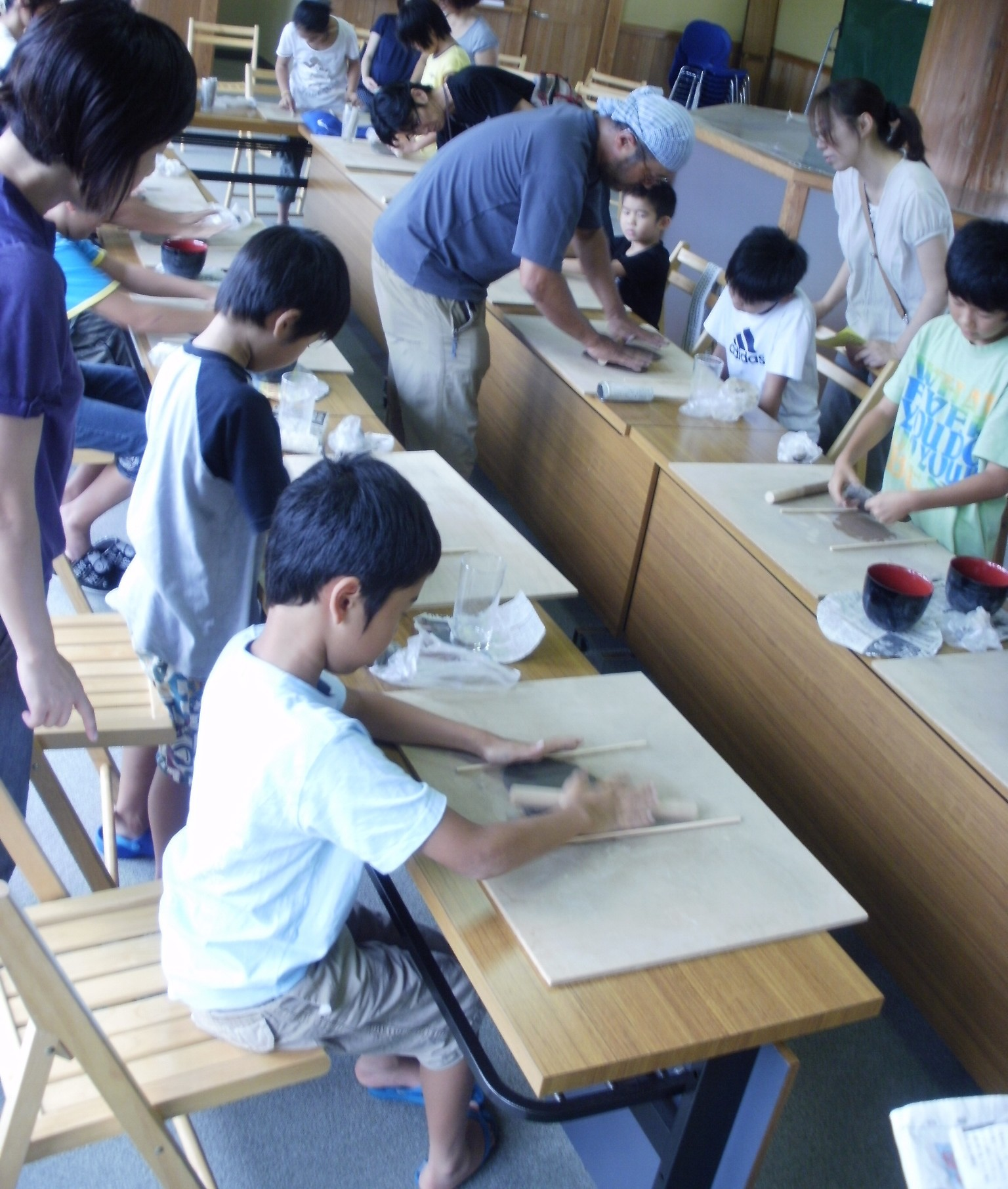 ☆夏休み体験教室 ~陶芸~_e0135219_1155966.jpg