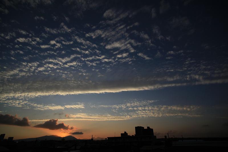 暑い日も終わった 樽前山に沈む夕日_a0160581_203647.jpg