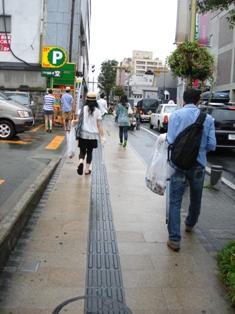 ゴミを拾って街探索!暮らしのいきづく町並みをめざそう_b0199244_0333356.jpg