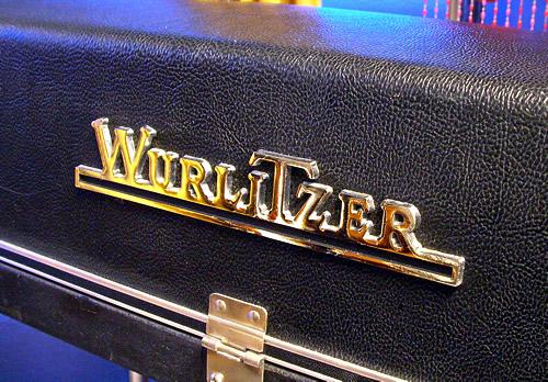 Wurlitzer 200A_e0045459_1013255.jpg