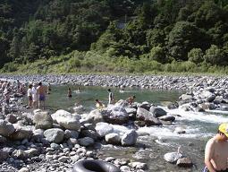 川遊び_a0102461_1384322.jpg