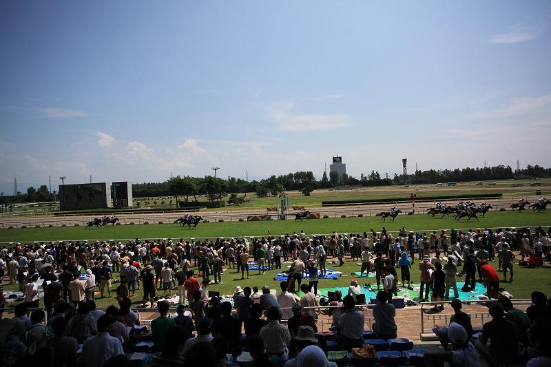 新潟競馬場 猛暑_a0160581_7222226.jpg