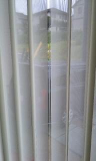 我が家のカーテン(バーチカルブラインド)_c0160196_12162393.jpg
