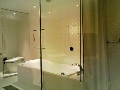 クロスホテルの空間_c0187025_18453990.jpg