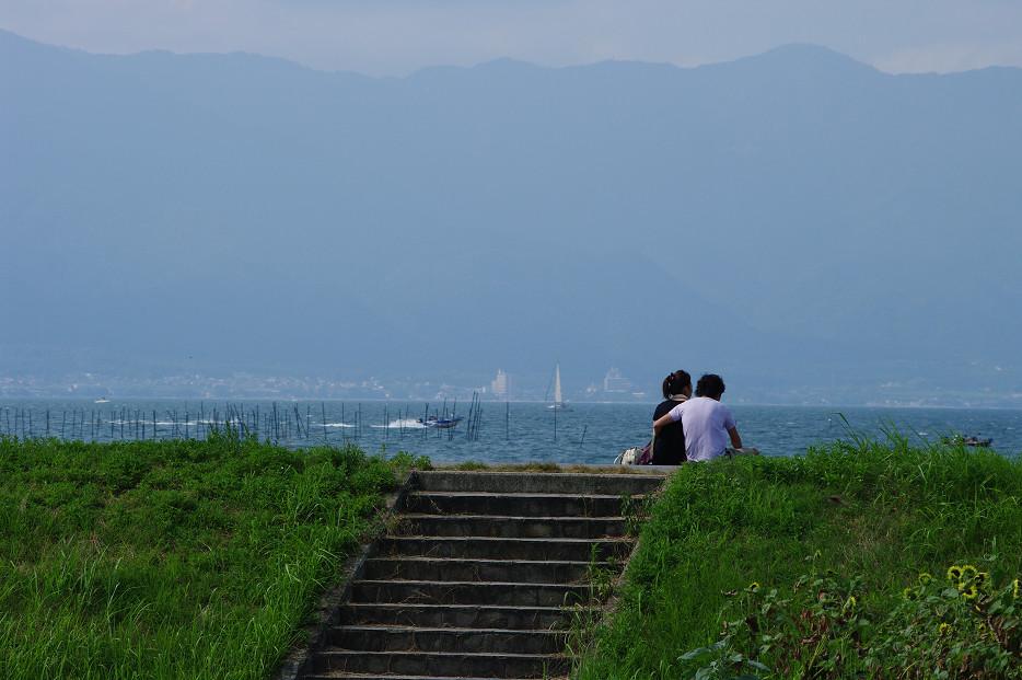 琵琶湖畔で..._f0152550_21234635.jpg